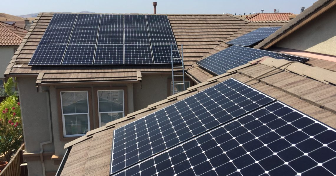 Read This If You're Thinking About Going Solar